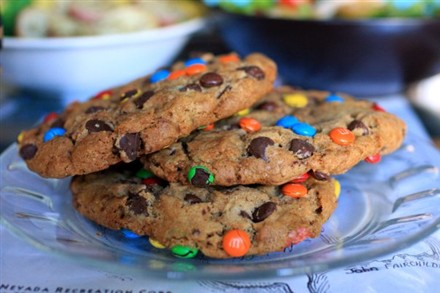 The Monster Cookie Pictured Left Thanks To Runnersworld Com For The Photo Combines Chocolate Chips And M Ms